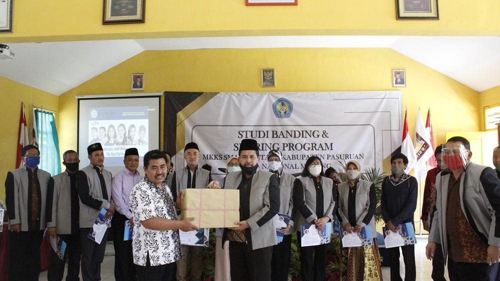 Studi Banding dan Sharing Program dengan MKKS Swasta Kabupaten Pasuruan 7