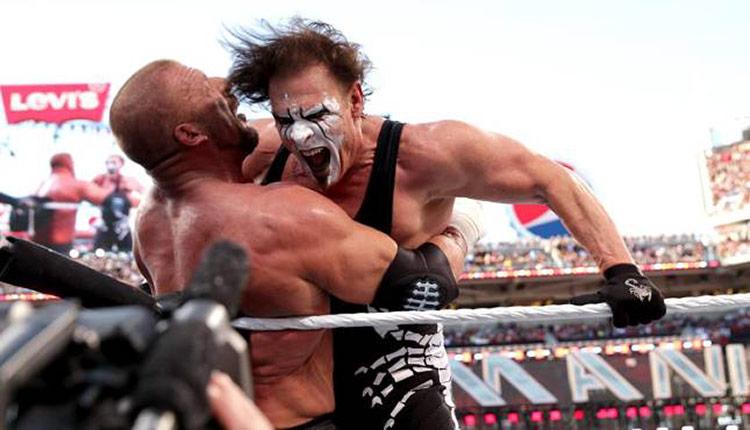 sting_tripleh_wrestlemania31