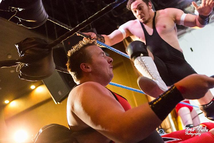 fcf_wrestling_show_live_kigsherrene_musta-aukko