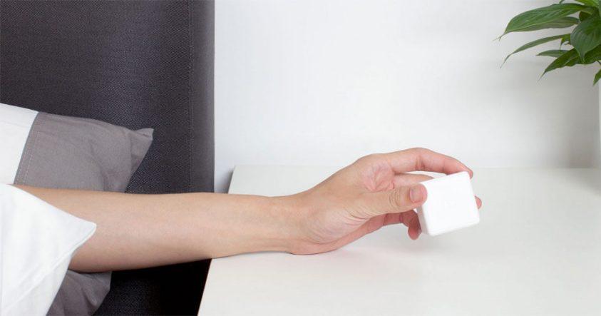 контролиране на уреди с магическо кубче
