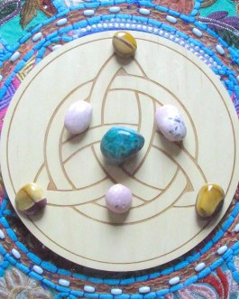 Crystal Grid Plate, Triquetra, Celtic Knot