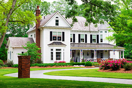 Selling Your Home This Autumn? Try Boosting Your Curb Appeal with These Inexpensive Upgrades