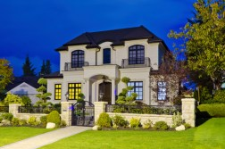Selling a Large Family Home? How to Stage Your Home to Appeal to Family Buyers