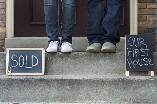 Trying to Decide Whether or Not to Sell Your Home? Here Are 5 Key Questions to Ask Yourself