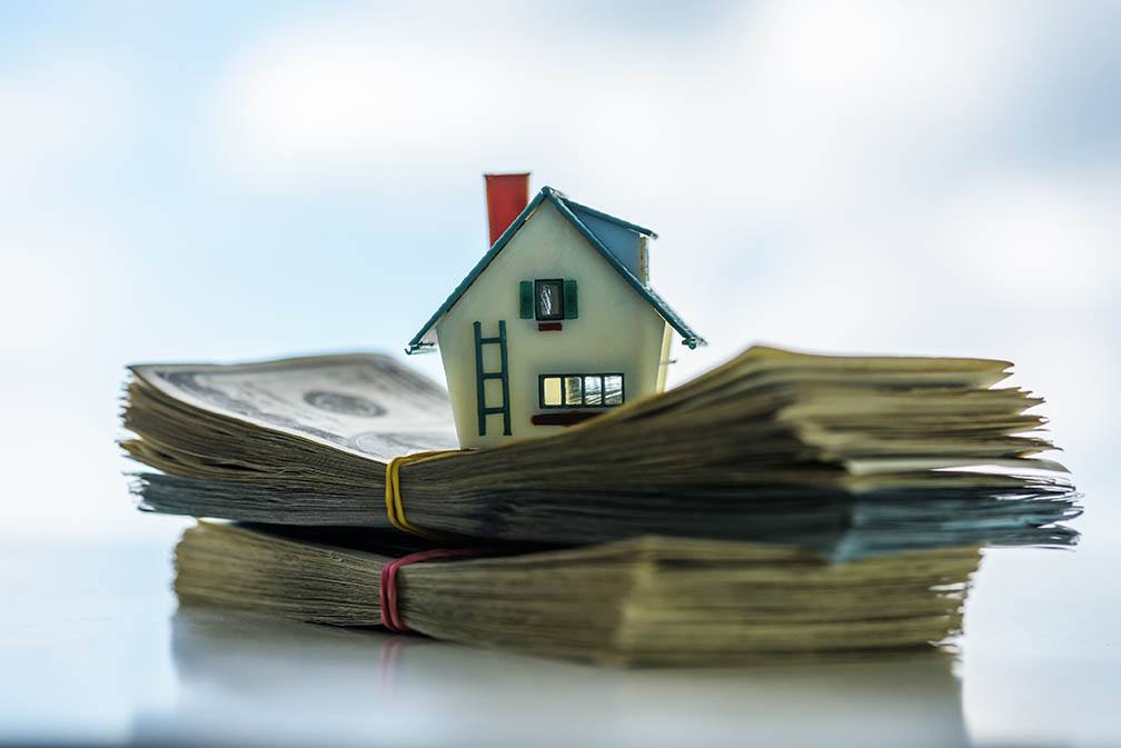 What Fees or Costs Are Involved With a Reverse Mortgage? Let's Take a Look