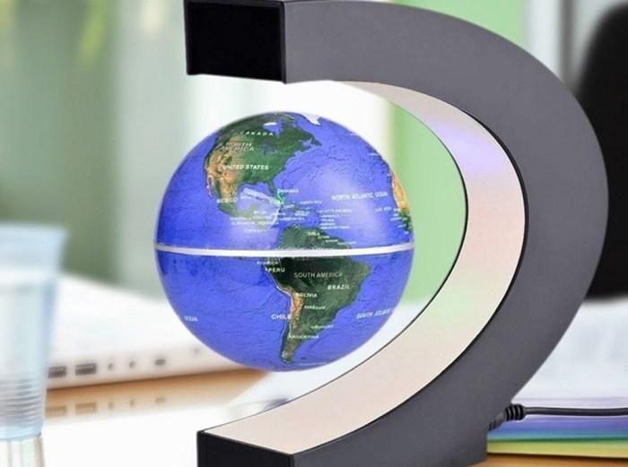 Μαγνητική Αιωρούμενη Περιστρεφόμενη Υδρόγειος Σφαίρα Αντιβαρυτικής Τεχνολογίας σε LED Φωτιζόμενη Βάση