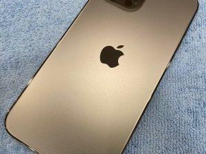 姉妹店修理速報 iPhone12 ガラスコーティング