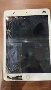 iPad ガラス/VT  交換