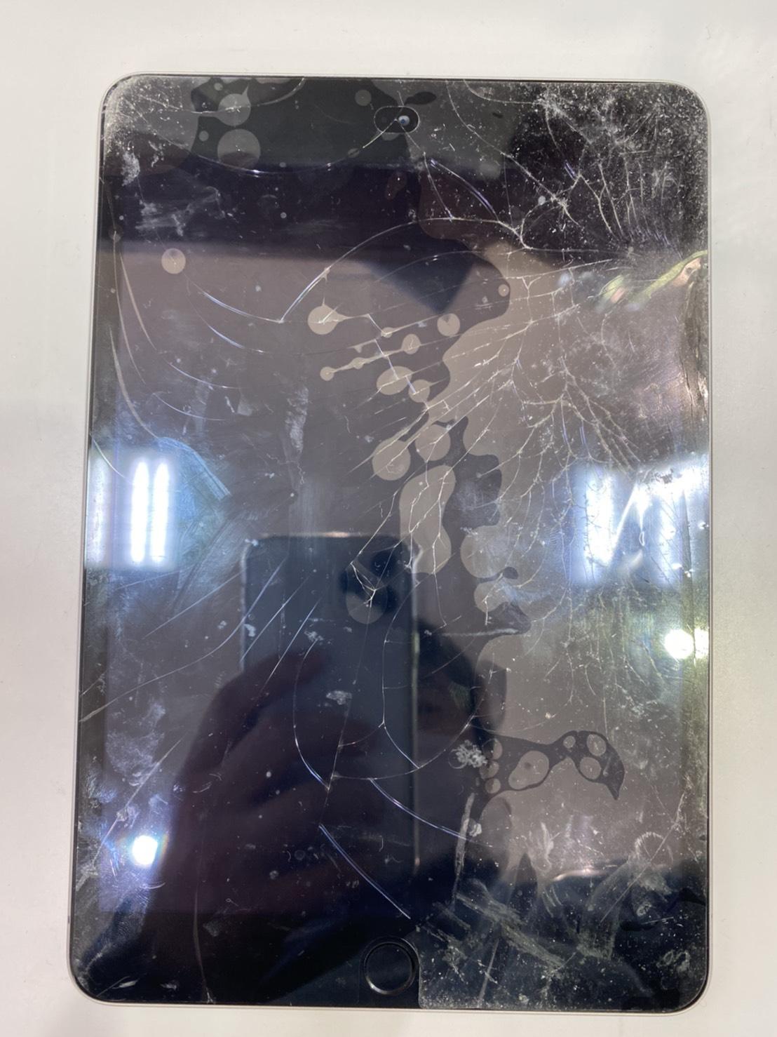 iPad iPodも修理可能です。