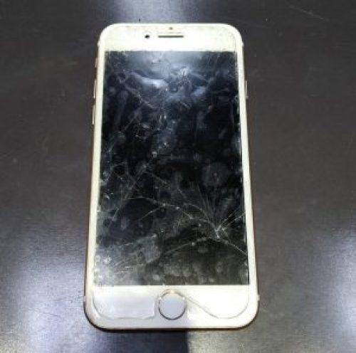 iPhone7の 画面割れ 修理