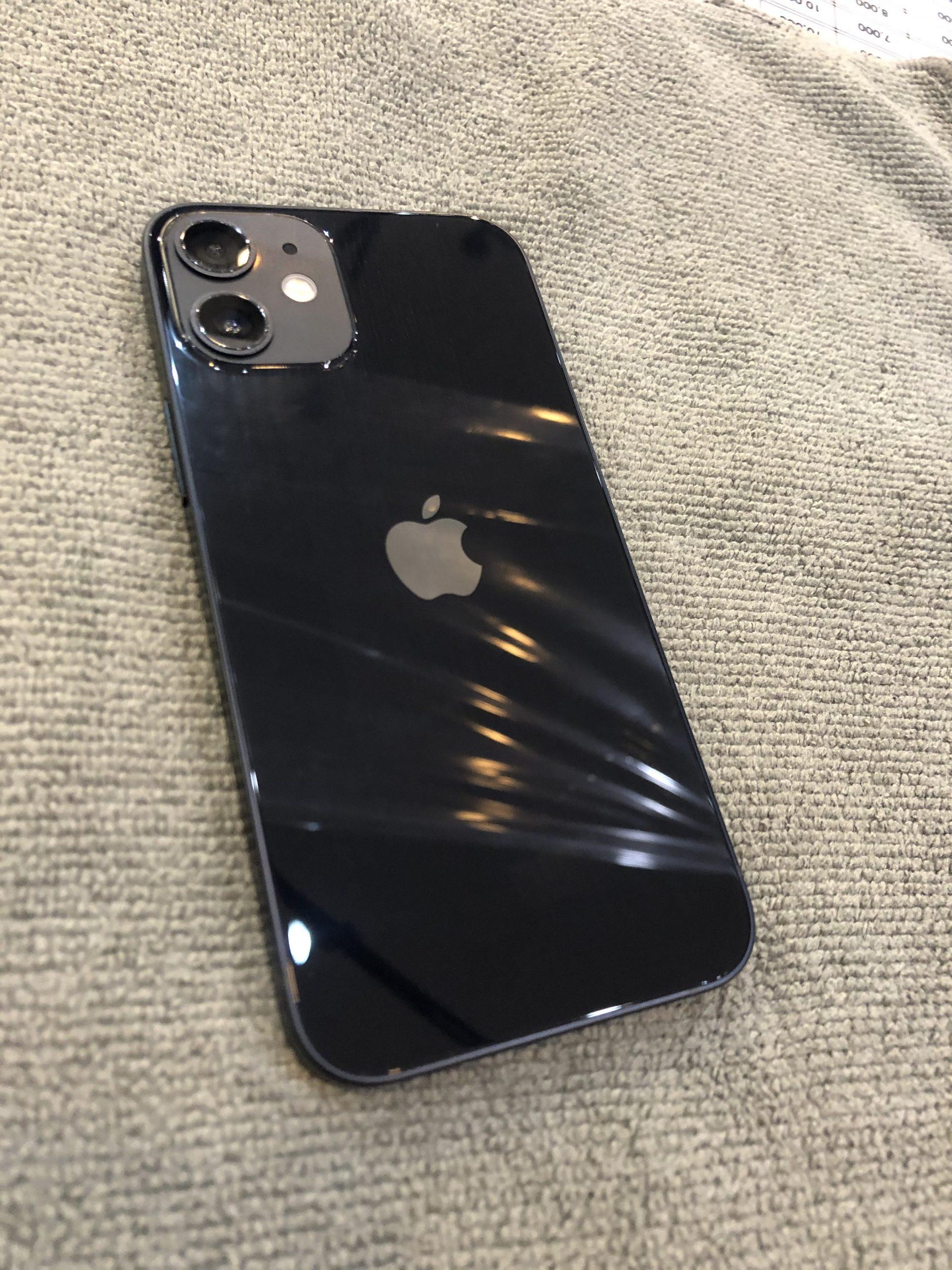 iPhone12mini ガラスコーティング 川西市からお越しのお客様 m