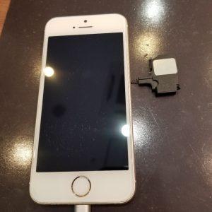 iPhoneSE ラウドスピーカー交換