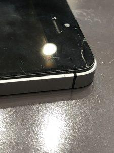 自分で分解しようとして故障したiPhone