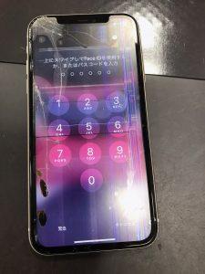 液晶が故障 iPhone11