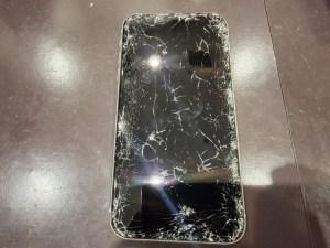 画面割れ即日修理でデータそのまま!iPhone修理スマートクール