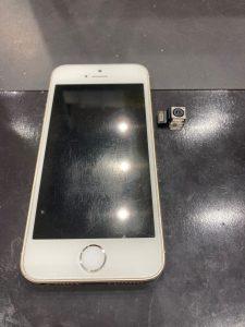 iPhone SE(第一世代) リアカメラ交換3 本体とリアカメラ