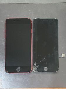 アイフォーンSE2 ガラス割れ・液晶漏れ・ゴーストタッチ 宮若市