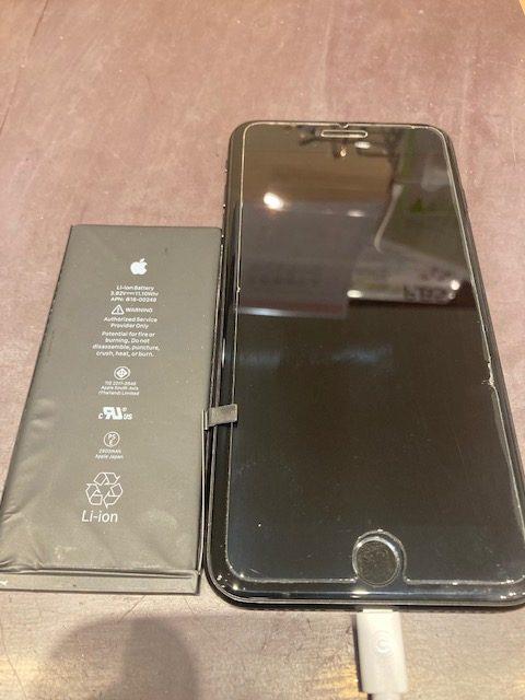 iPhone7plusバッテリー<名古屋市天白区よりお越しのお客様>