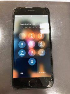 画面の割れたiphone8