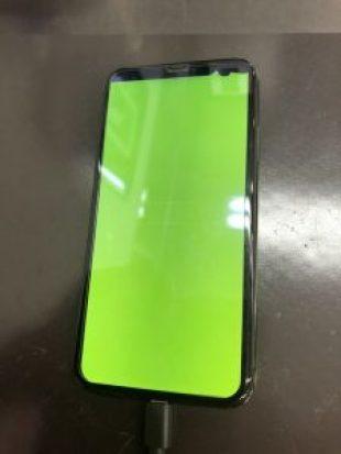 iPhoneX液晶が黄緑