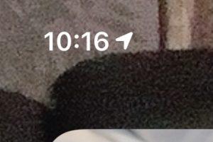iPhone 位置情報 紙飛行機 矢印