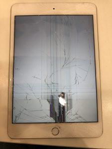 柄ガラス割れ、液晶不良のアイパットエアー2