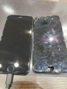 アイフォーンの画面割れ修理しました