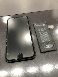 iPhoneのバッテリー交換修理