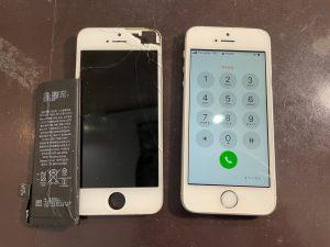 画面交換とバッテリー交換を行ったiPhoneSE
