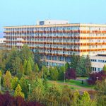 Kistarcsa, Semmelweis tér 1. (Pest Megyei Flór Ferenc Kórház)