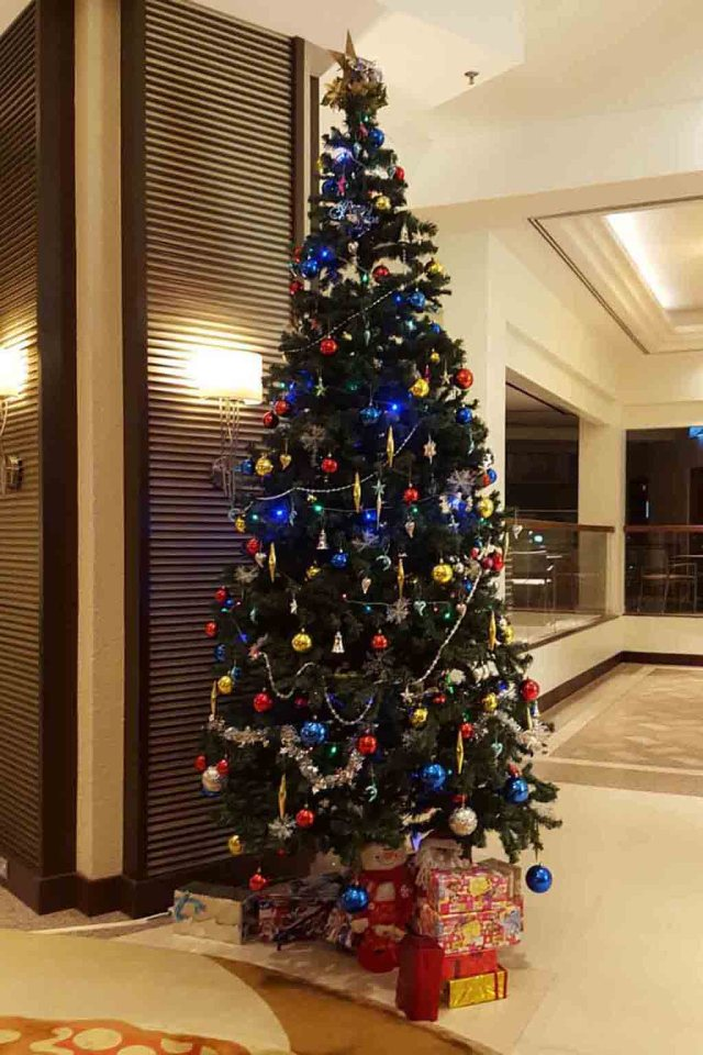 Penang Hotels Celebrate Christmas With Decorated Trees