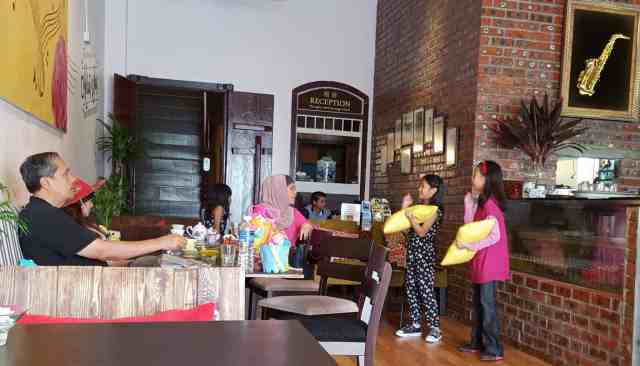 P Ramlee's Lagenda Cafe Malay Cuisine With A Twist Penang