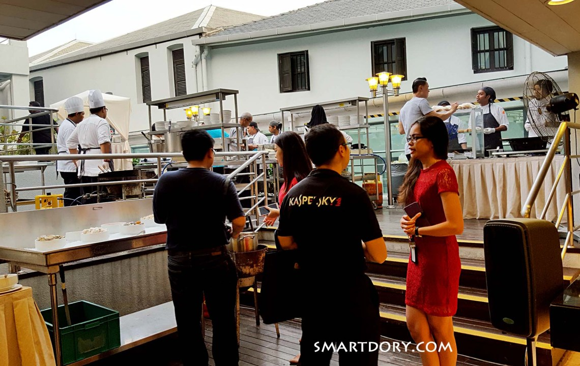 Friday Night Poolside Barbeque – The Royale Bintang, Weld Quay, George Town