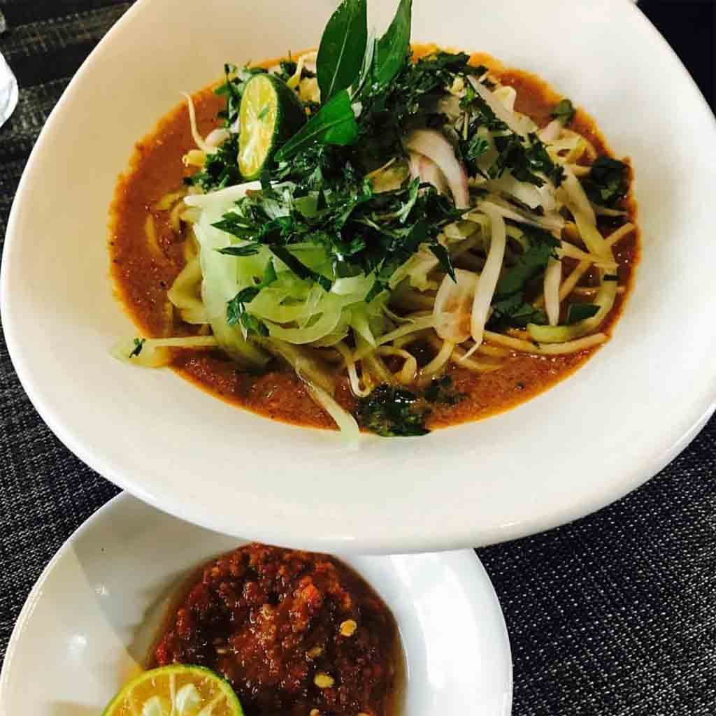 10 Best Halal Food Hunt in Penang for Holiday Makers Kesum Art Restaurant Laksa Johor