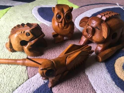 Kinder für Musik begeistern:  Klangtiere sind eine tolle Ergänzung zu Percussion Instrumenten und lassen sich auch zum Erzählen von Geschichten einsetzen.
