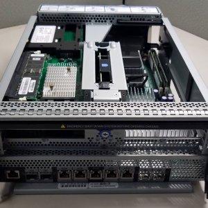 NetApp X3944-R5 111-00186 FAS3070 Motherboard Controller Module