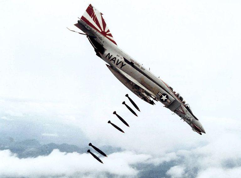 6 Razões pelas quais as Aeronaves mudaram o curso da Guerra do Vietname