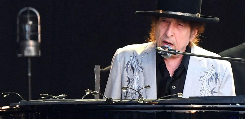BOB DYLAN VENDE OS DIREITOS DE TODAS AS SUAS MÚSICAS PARA O UNIVERSAL MUSIC GROUP