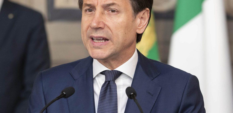 Governo da Itália entra em crise no meio da pandemia