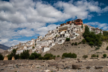 Leh by Andrew Harvey: Questions, Summary 1