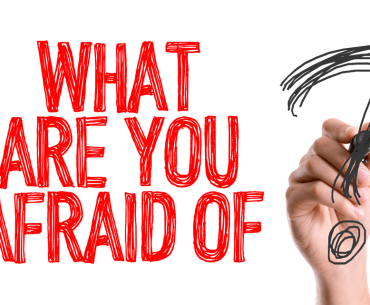 hand written -what are you afraid of - your biggest fears starting a business - smartentrepreneurblog-afraid to start your new business