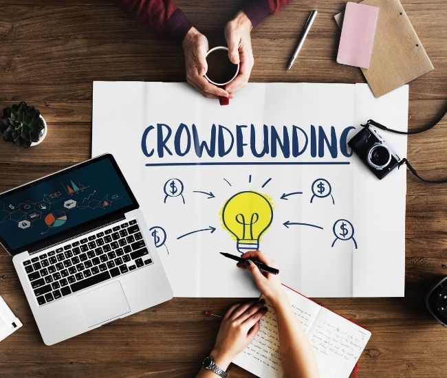 how to-raise money for your business for the first time - entrepreneur blog - bootstrapping, family and friends