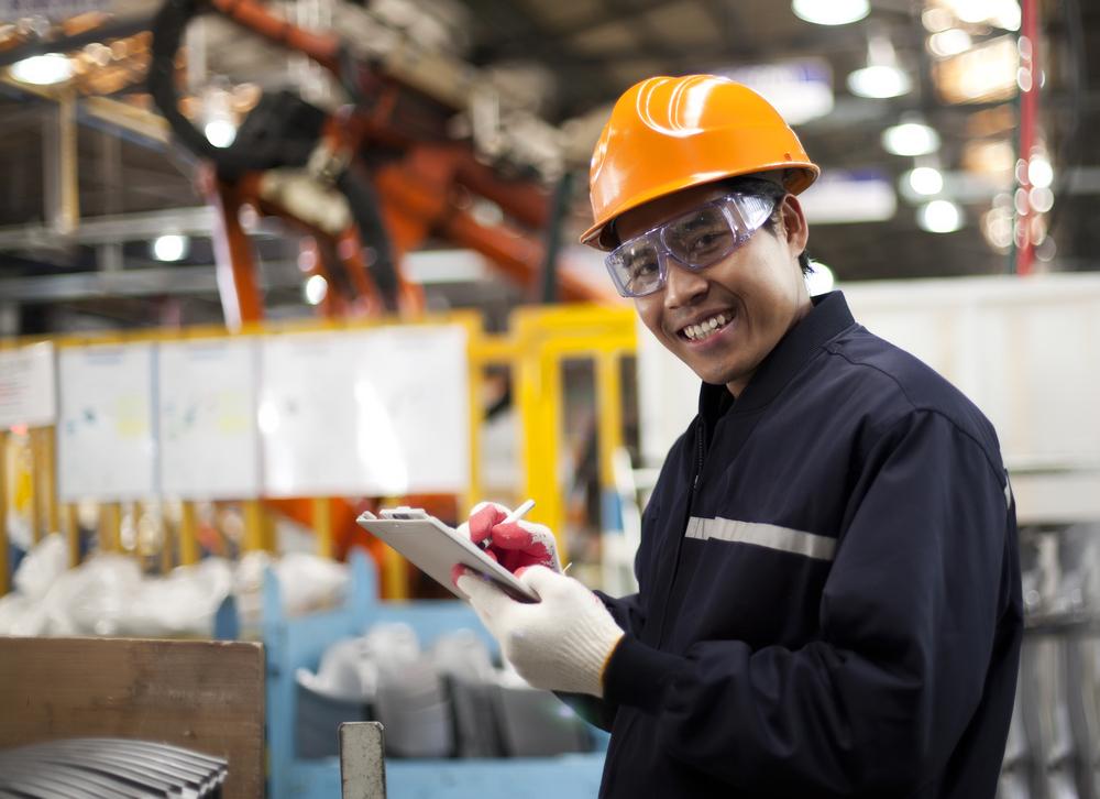 How Manufacturing Management Software Improves Morale