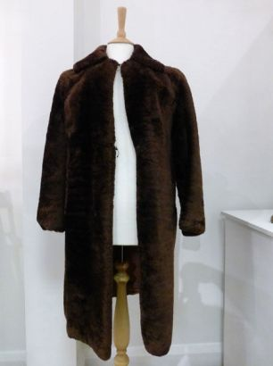 Mother's 'beaver Lamb' Coat