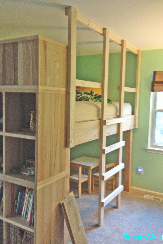 Smart Girls DIY Loft Bed