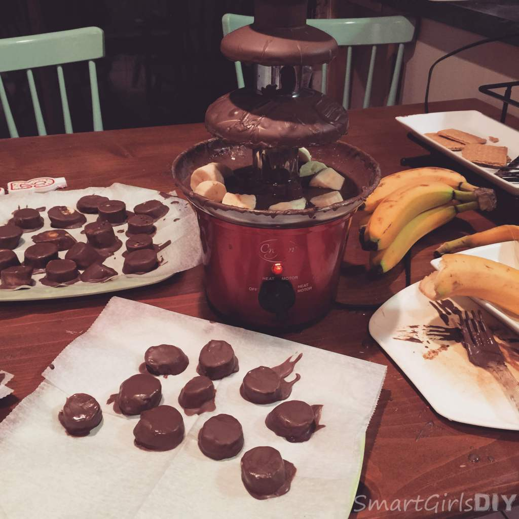 Making chocolate dipped bananas after the chocolate fountain stopped working