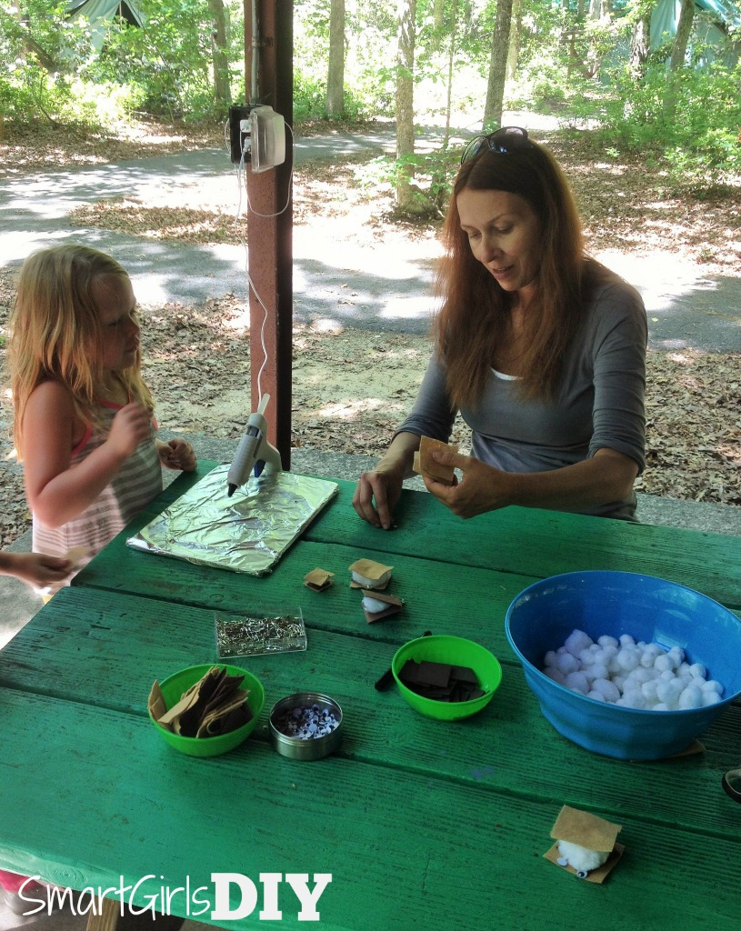making-marshmallow-smores-camping-swaps-with-daisy-girl-scouts