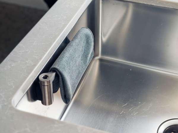 Happy Sinks Karkludsholder Rustfristål