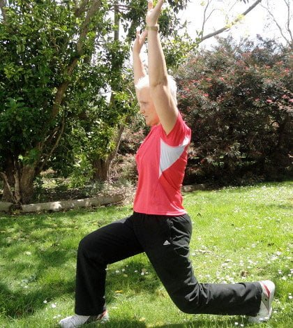 Lunge with Arm Raise