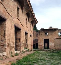 ostia antica regione i via dei balconi [ 2592 x 1553 Pixel ]
